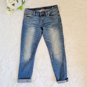 Lucky Brand Jeans Sienna Cigarette Size 25 / 0 Med Wash Distressed Low Rise Cuff